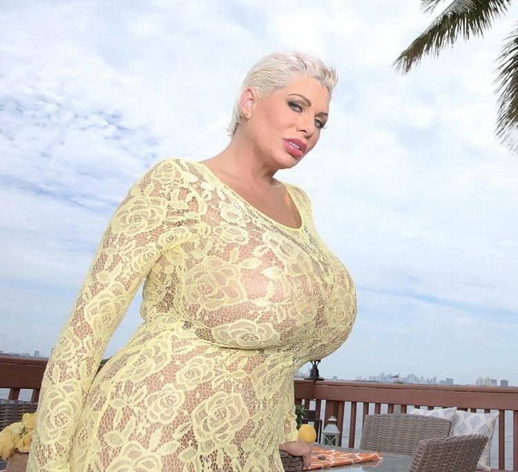 Claudia Marie ~ Anal Friendly ~ ScoreHD (PornMegaLoad)/Scoreland ~ HD 720p