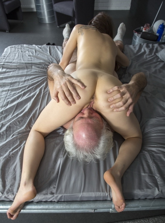 Oldje.com ClassMedia.com: Delicious Young Pussy Starring: Tera Link