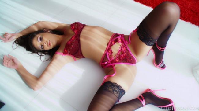 JulesJordan.com: The Gianna Dior Sperm Bank Starring: Gianna Dior