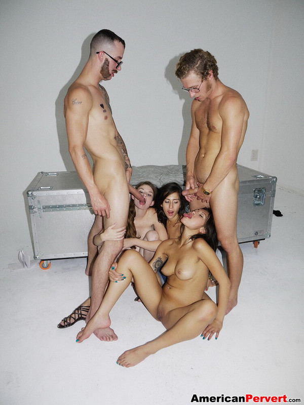 AmericanPervert.com: Campaign Gang Bang Starring: April ONeil