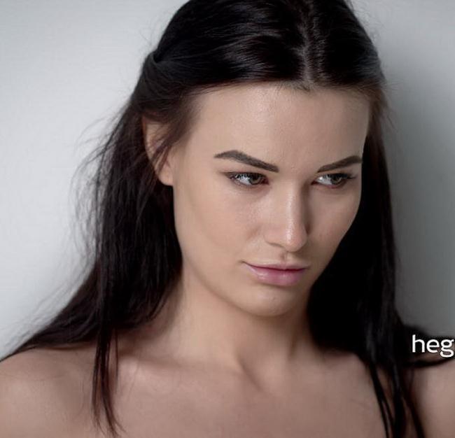 Hegre.com: Dildo Dare Starring: Grace