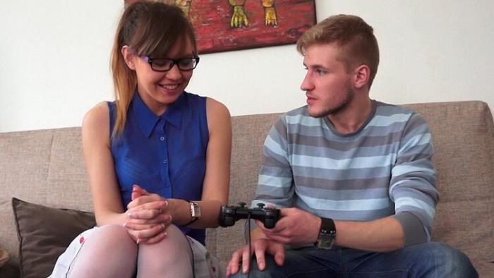 SheIsNerdy.com DirtyFlix.com: She Loves Video Games and Sex Starring: Edward
